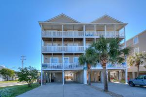 Click here to replace main photo (http://www.northmyrtlebeachtravel.com/propimages/rentals/berb_15a_ext.jpg)